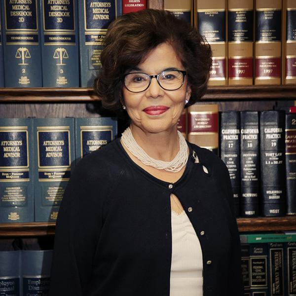 Gloria Martinez-Senftner
